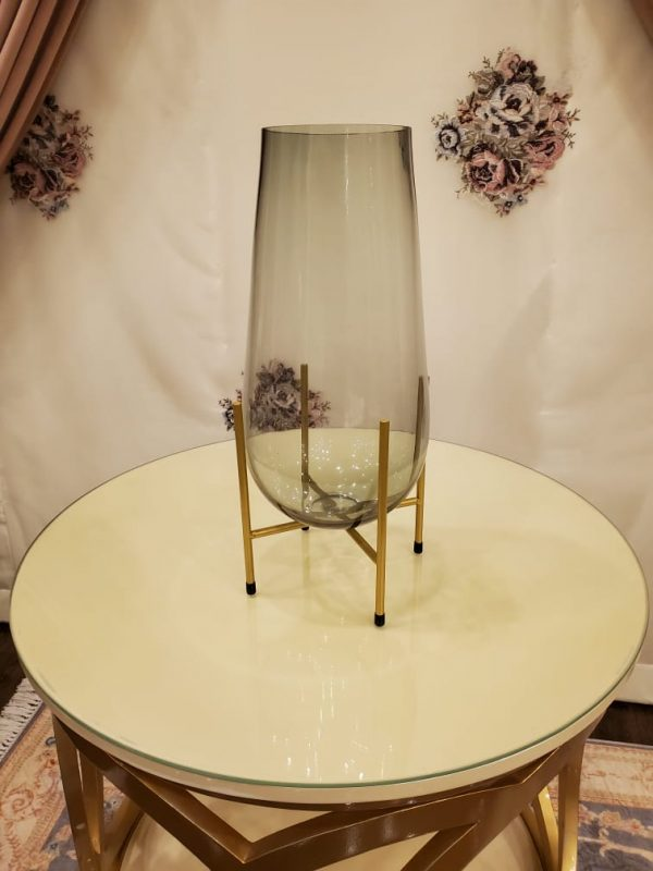 Decorative Glass Flower Vase with a Golden Metal Wire Stand