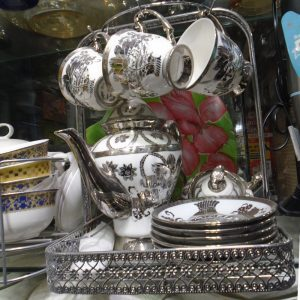White 13 Pcs Tea Set For 6 Persons 0.0